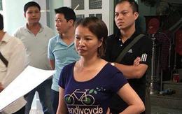 Mẹ nữ sinh giao gà ở Điện Biên định ra ám hiệu cho chồng, đòi lấy điện thoại khi nghe lệnh bắt giữ