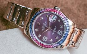Rolex Datejust Pearlmaster 39: Đồng hồ đính đá sapphire cao cấp phi giới tính