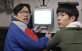 """""""Reply 1988"""": Taek ngố tàu bị những đứa trẻ trong xóm """"đầu độc"""""""