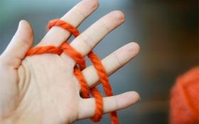 Cách đan len bằng ngón tay đến trẻ con cũng làm được