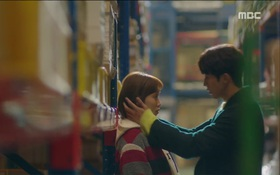 """""""Tiên Nữ Cử Tạ"""": Vì ghen, Nam Joo Hyuk hôn Lee Sung Kyung để đánh dấu chủ quyền"""