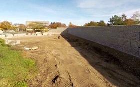 Người dân Đức xây dựng tường thành kiên cố để cách ly trẻ em tị nạn