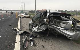 Mercedes tiền tỷ tông nát xe Ford trên cao tốc Hà Nội – Hải Phòng, 1 người nguy kịch