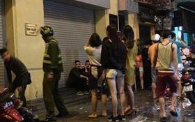 Hà Nội: Sự thật tin đồn đâm chém kinh hoàng khiến 50 người thiệt mạng trong quán bar ở Tạ Hiện