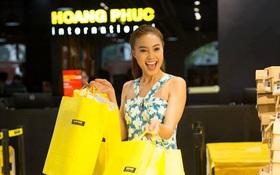 Sao Việt ngất ngây với ngày hội mua sắm cực hấp dẫn tại Hoang Phuc International