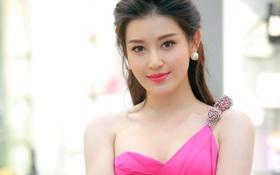 Huyền My rạng rỡ sánh đôi cùng Hương Giang Idol