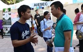 Sinh viên Kinh tế Quốc dân tưng bừng trong ngày hội khởi nghiệp