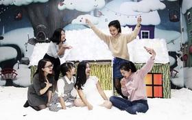 """""""Thành phố"""" có tuyết rơi như thật xuất hiện tại thủ đô Hà Nội"""