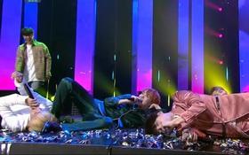"""Thắng Davichi, BTS biểu diễn phiên bản """"lăn lộn"""" cho hit gây nghiện"""