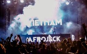 DJ Afrojack cùng dàn nghệ sĩ Việt khuấy động hàng nghìn khán giả trong đêm nhạc EDM
