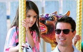 Tom Cruise gặp lại bé Suri sau thời gian dài xa cách và đã có tình yêu mới