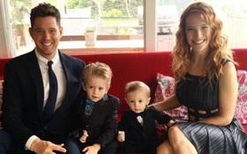 Xót xa khi con trai Michael Bublé mới 3 tuổi đã phải vật lộn với ung thư