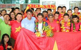 U19 Việt Nam được chào đón như người hùng khi trở về từ giải châu Á