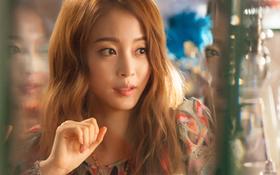 """""""Quý Cô Antoine"""": Chẳng làm gì, Han Ye Seul vẫn khiến 3 mỹ nam tự đổ"""