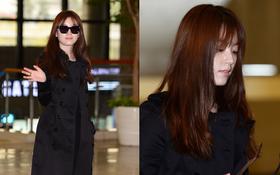 """""""Mỹ nhân có nụ cười đẹp nhất Hàn Quốc"""" Han Hyo Joo tiều tụy, lộ mặt sưng bóng tại sân bay"""