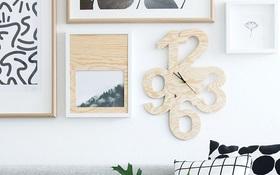 Khéo tay đẽo gỗ làm đồng hồ treo tường không đụng hàng