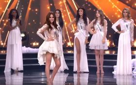 """Hoa hậu Paraguay bị """"quê"""" vì bước lên trong khi MC gọi tên HH Ba Lan nhiều lần"""