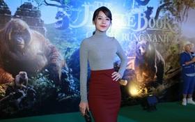"""Chipu mặc kín cổng cao tường dự họp báo """"The Jungle Book"""" bất chấp trời Sài Gòn nóng bức"""