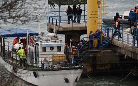 Tìm thấy 10 thi thể vụ rơi máy bay Nga