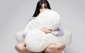 """""""Ghế ôm"""" dành cho những người cô đơn dự đoán sẽ gây sốt trong thời gian tới"""