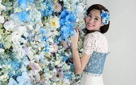 Hoa hậu Đặng Thu Thảo khoe vẻ đẹp mỏng manh tựa hoa lan