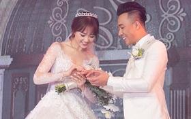 Khoảnh khắc trao nhẫn thiêng liêng mà có lẽ Trấn Thành và Hari Won mãi không thể quên!