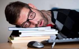 """Vì sao cái nút """"hoãn báo thức"""" (Snooze) thực sự là một tối kiến?"""
