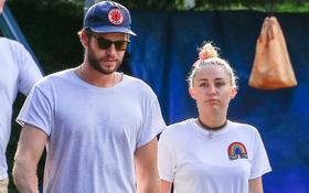 Miley Cyrus và Liam Hemsworth đã có kế hoạch hưởng tuần trăng mật