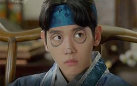 """Moon Lovers: """"Mười"""" Baekhyun suýt toi mạng dưới tay… bố vợ"""