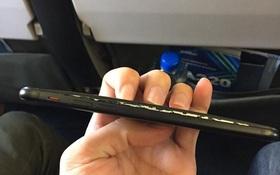 Việt Nam: Mới mua 1 tuần, iPhone 7 đã bị phù pin nhưng rất may là chưa phát nổ trên máy bay