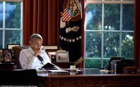 Những khoảnh khắc đầy cảm xúc của Tổng thống Barack Obama trong năm cuối cùng tại Nhà Trắng