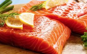 Vì sao thịt cá hồi lại có màu đỏ?