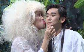 Ơn giời: Trấn Thành vuốt ve, hôn Hứa Vĩ Văn trên sân khấu