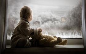 Ngắm nhìn những em bé mùa đông đáng yêu giữa bầu trời tuyết rơi
