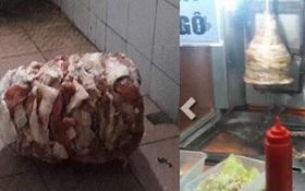 Xiên thịt doner kebab nằm chỏng chơ trong toa lét bẩn chờ nướng
