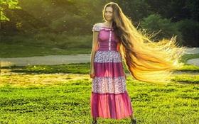 Chiêm ngưỡng mái tóc dài tuyệt đẹp của công chúa Rapunzel đời thực