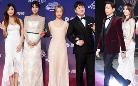 """Thảm đỏ """"tvN10 Awards"""": Dàn sao """"Reply"""" gây bão tái ngộ, các mỹ nhân thi nhau khoe vòng một gợi cảm"""