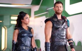 """""""Thor: Ragnarok"""" vượt mốc 500 triệu USD doanh thu trên toàn cầu"""
