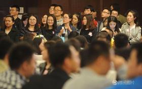 """Mong thoát ế, hàng ngàn thanh niên Bắc Kinh tham gia xem mặt tập thể """"4 tiếng gặp 500 người"""""""