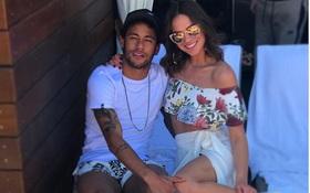 Neymar lại chia tay bạn gái dù mới tái hợp được nửa năm