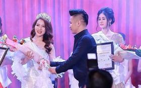 Cuộc thi Hoa khôi tạo ra người đẹp bán dâm nghìn đô chưa từng được cấp phép tổ chức