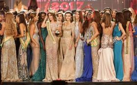 Hé lộ hình ảnh Huyền My chen vào đám đông thí sinh để chúc mừng Tân Hoa hậu phút đăng quang nhưng không thành