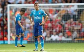 Pháo thủ Arsenal nát vụn trong chuyến làm khách Liverpool