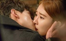 Đây là lí do hôn Yoo In Na xong, Lee Dong Wook chỉ muốn... về nhà ngủ!