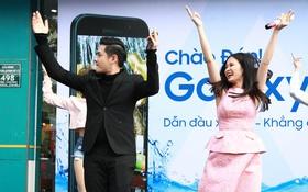 Mừng Galaxy A 2017 phá vỡ mọi kỷ lục: Đông Nhi - Ông Cao Thắng quẩy nhiệt hết mình