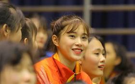 Nhan sắc xinh đẹp của hot girl bóng chuyền 15 tuổi cao 1m74