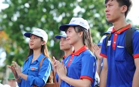 Chùm ảnh: Các sinh viên tình nguyện sôi nổi trước giờ ra quân