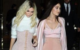 Phong cách thời trang tạo nên thương hiệu của chị em nhà Hadid và Kim