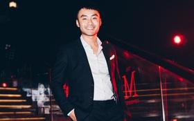 MC Dustin Phúc Nguyễn tự tin giao lưu trong The Show