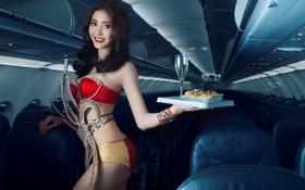 Á hậu chuyển giới Thái Lan nóng bỏng trong bộ lịch bikini được chụp tại Việt Nam